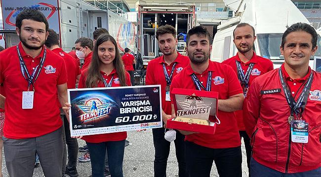 Tanyeli Roket Takımı TEKNOFEST 2021'de Türkiye Birincisi oldu
